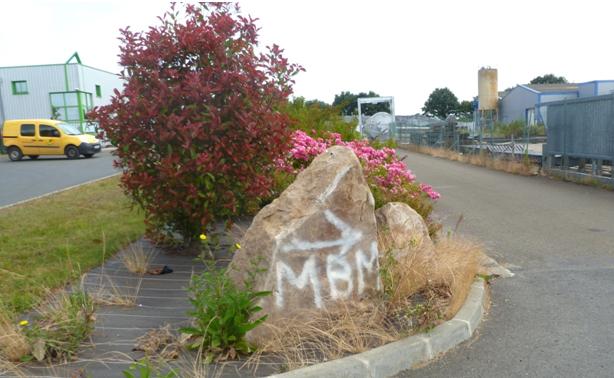 MBM_stock_tube_cathodique_1