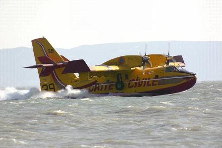 8_CanadairCL415_crash-test_robin-des-bois